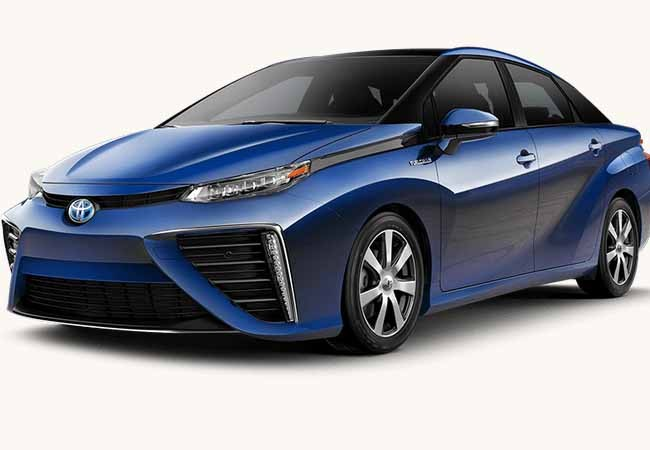 Toyota Mirai Gets 1900 Bookings In The First Two Months In The US