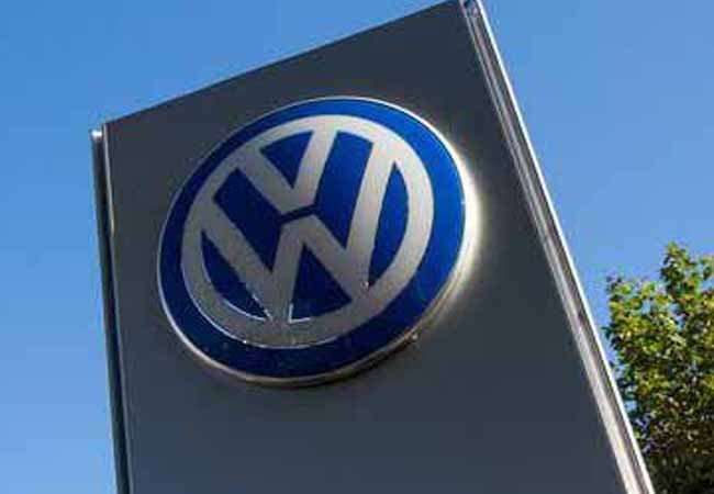 Volkswagen confirms cheating software effects Europe too